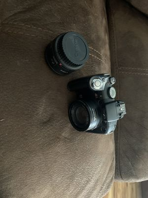 Canon camera with extra lense for Sale in Chula Vista, CA