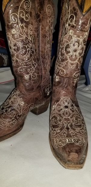 Cavenders boots floral stitching for Sale in South Houston, TX
