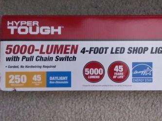 Shop Light 4 Ft 500 Lumens for Sale in Alexandria,  VA