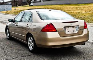 Price $$8OO Honda Accord 2006 One Owner! Excellent Condition for Sale in Lincoln, NE