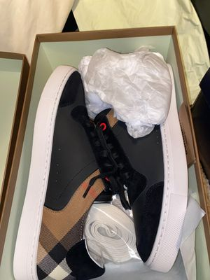 Burberry Low Top (Never Worn) for Sale in Whitehall, OH