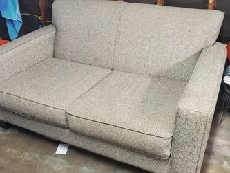 Grey Couch Great Condition for Sale in Newport Beach,  CA