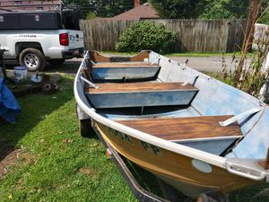 14 ft Smoker Craft boat trailer and motor for Sale in NEW KENSINGTN, PA