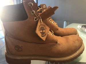 TIMBERLANDS. for Sale in Miami, FL