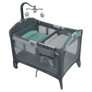 Graco Play Pen With Changing Table for Sale in Las Vegas, NV