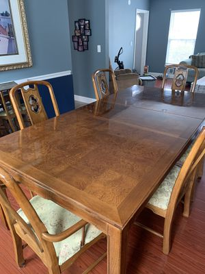 Thomasville Brown Pecan Dining Set for Sale in Berkeley Township, NJ