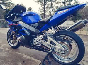 🍀2003 Honda CbR 954 RR🍀Loaded No Issues-$5OO🍀 for Sale in Chicago, IL
