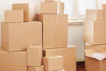 Moving boxes (all sizes, wardrobe, TV, etc.) for Sale in Santa Clarita,  CA