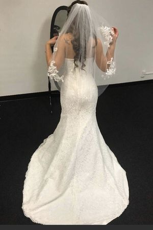lace wedding dress - new size 4-PRICE IS FIRM for Sale in Ontario, CA
