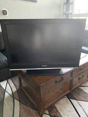 Sony TV 32 inch for Sale in Denver, CO
