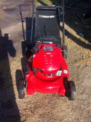 Troy-Bilt push lawn mower $120 for Sale in San Bernardino, CA