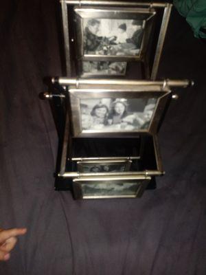 Ferris wheel picture frame for Sale in Kingsport, TN