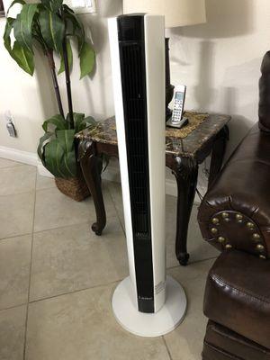 Lasko Fan & Heater All Season Comfort Control Tower in White for Sale in Las Vegas, NV
