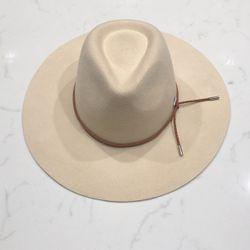 Women Tan Felt Hat for Sale in Keller,  TX