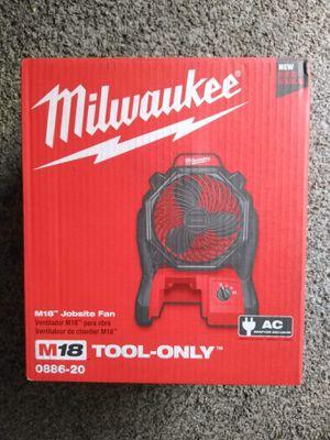 Milwaukee New M18 JOBSITE FAN ( No Battery) Nuevo for Sale in Los Angeles, CA