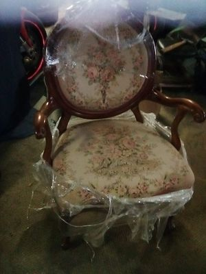 French proventical chair for Sale in Fresno, CA