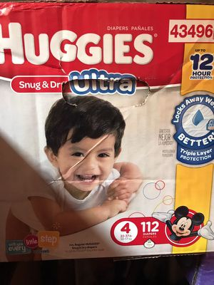 Size 4 diapers for Sale in Neenah, WI