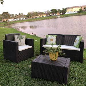 Italian outdoor patio furniture in its box 1 year warranty for Sale in Palm Springs, FL