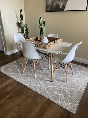 Brand new modern dining table 4 chairs for Sale in Chandler, AZ