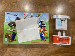 Nintendo 3DS Super Mario White Edition w/ Adapter and Box Like New for Sale in Newark, CA
