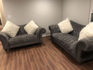 Duchess Sofa and loveseat with 4 pillows for Sale in Sterling, VA