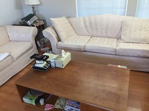 Sofa with love seat coffee table for Sale in Milpitas, CA