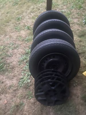 Honda Element wheels and tires for Sale in Renton, WA