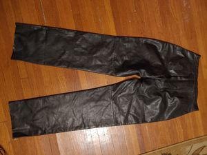 Jlc New York 100% leather slacks women's 10 like new $22 firm for Sale in Elgin, IL