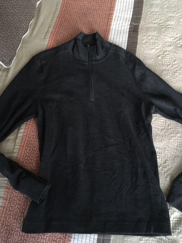 Mens Banana Republic casual sweater Size Medium