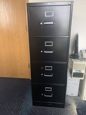 Hon brand legal file cabinet with key lock for Sale in Tinley Park, IL