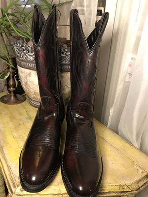 Laredo Leather Boots!! So Fresh and So Clean! Men's Size 8 for Sale in Chicago, IL