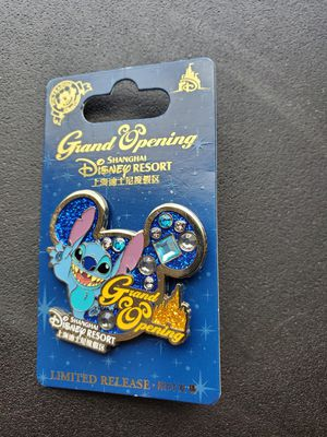 4 limited release Disney pins. for Sale in Davenport, FL