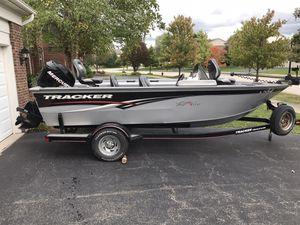 2006 Tracker Targa V175 Fishing Boat Mercury 90HP Trolling Motor for Sale in Homer Glen, IL
