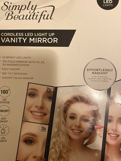 Brand New Cordless Mirror $15 for Sale in Brooklyn,  NY