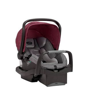 Evenflo Safemax Infant Car Seat with base BRAND NEW for Sale in The Bronx, NY