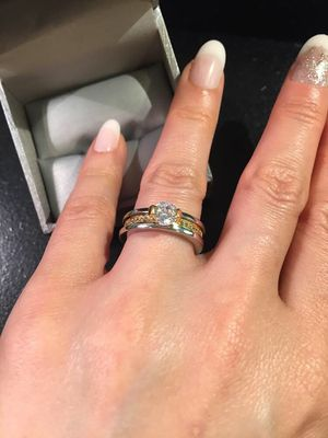 👰🤩💍18K Gold plated Engagement/ Wedding Ring Set for Sale in Houston, TX