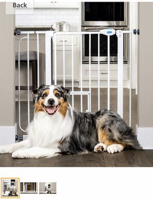 Carlson extra wide pet/ child gate with pet door for Sale in DuPont, WA