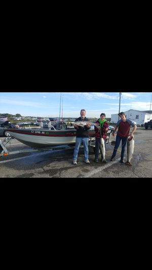 Tracker boat 161/2 foot deep V Pro for Sale in Waterbury, CT
