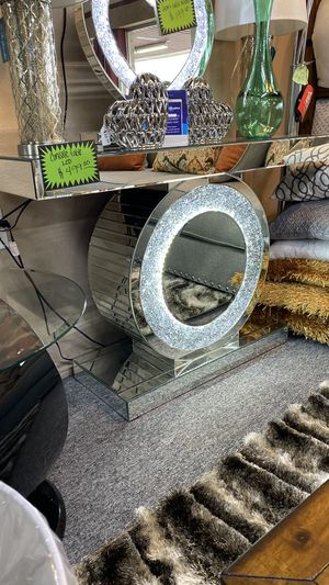 Beautiful LED Light Up Console Table 3 J5 for Sale in Bedford, TX