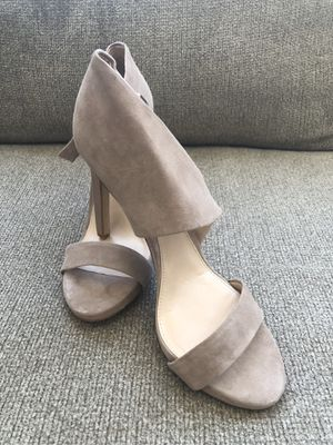 Vince Camuto Sandals for Sale in Lynnwood, WA