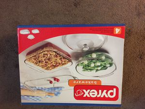 4 piece Pyrex bakeware set brand new. Never used. Asking $20 for Sale in Columbus, OH