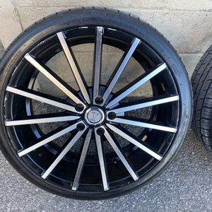 Velocity 20x7.5 5x114.3 for Sale in Lancaster, PA