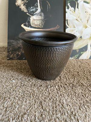 Planting pots for Sale in Wichita, KS