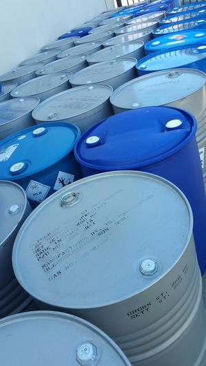 55 gallons heavy duty plastic drums $18 each for Sale in Rosemead, CA