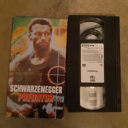 VHS Arnold Schwarzenegger predator for Sale in El Paso,  TX