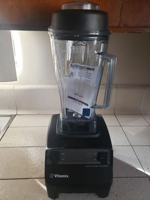 Vitamix- Drink Machine Two-Speed Commercial Blender (Black) for Sale in Whittier, CA
