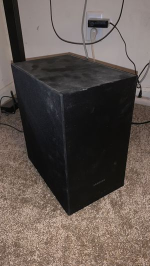 Samsung surround sound with sub woofer for Sale in Murfreesboro, TN