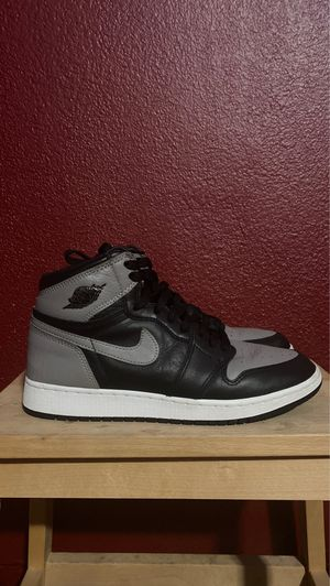 Air Jordan 1 Retro Shadow's Size 7Y for Sale in Carson, CA