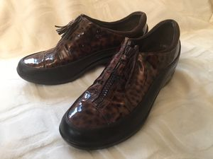 Nike air by Cole haan size 8 for Sale in Darrington, WA