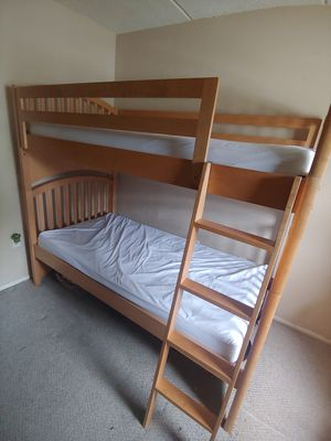 Twin Bunk Bed w/ 2 dressers for Sale in Palm Harbor, FL